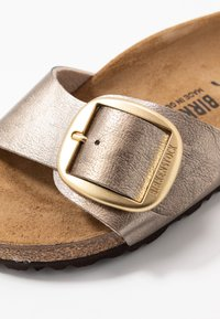 Birkenstock - MADRID BIG BUCKLE - Hausschuh - graceful taupe - 2