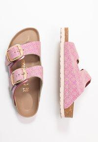 Birkenstock - ARIZONA BIG BUCKLE - Domácí obuv - pink - 3