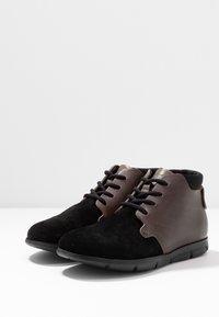 Birkenstock - ESTEVAN WOMEN - Boots à talons - schwarz - 4