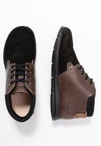 Birkenstock - ESTEVAN WOMEN - Boots à talons - schwarz - 3