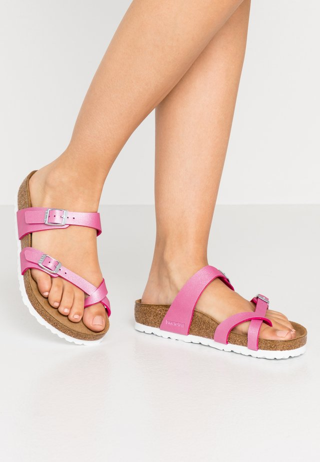 MAYARI - T-bar sandals - icy metallic/fuchsia tulip