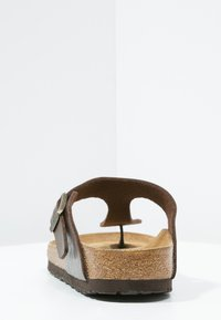Birkenstock - GIZEH - T-bar sandals - graceful toffee - 5