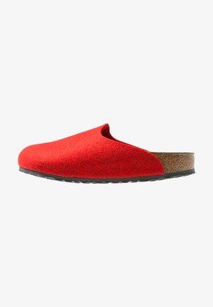 AMSTERDAM - Domácí obuv - red