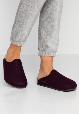 AMSTERDAM - Domácí obuv - aubergine