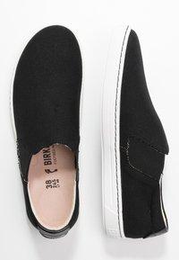 Birkenstock - BARRIE - Slippers - black - 3