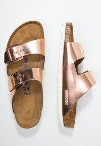 Birkenstock - ARIZONA - Pantolette flach - metallic copper - 3