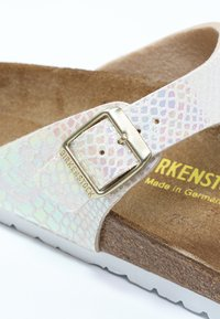 Birkenstock - GIZEH - T-bar sandals - cream - 2