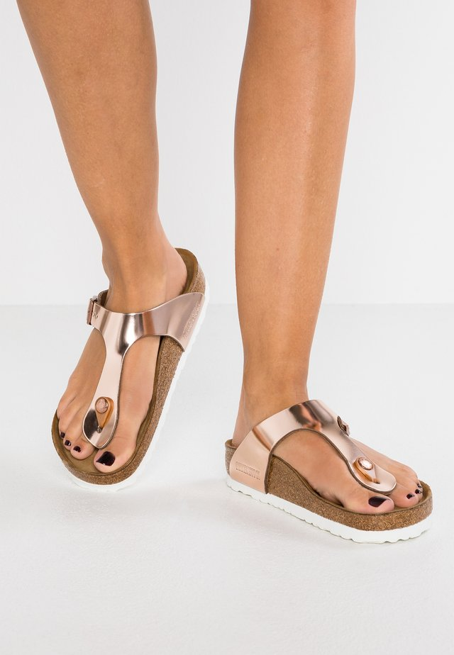 GIZEH - T-bar sandals - metallic copper