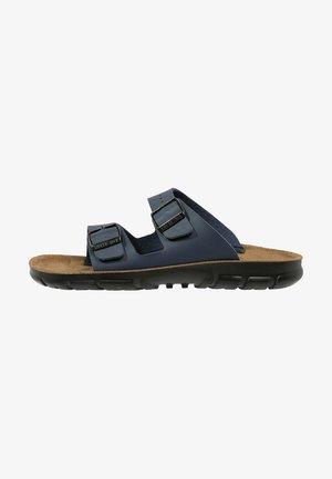BILBAO - Slippers - blau
