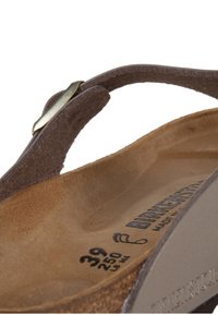 Birkenstock - GIZEH BF  - T-bar sandals - gold - 6