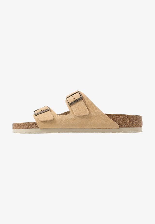 ARIZONA - Slippers - steer soft sand