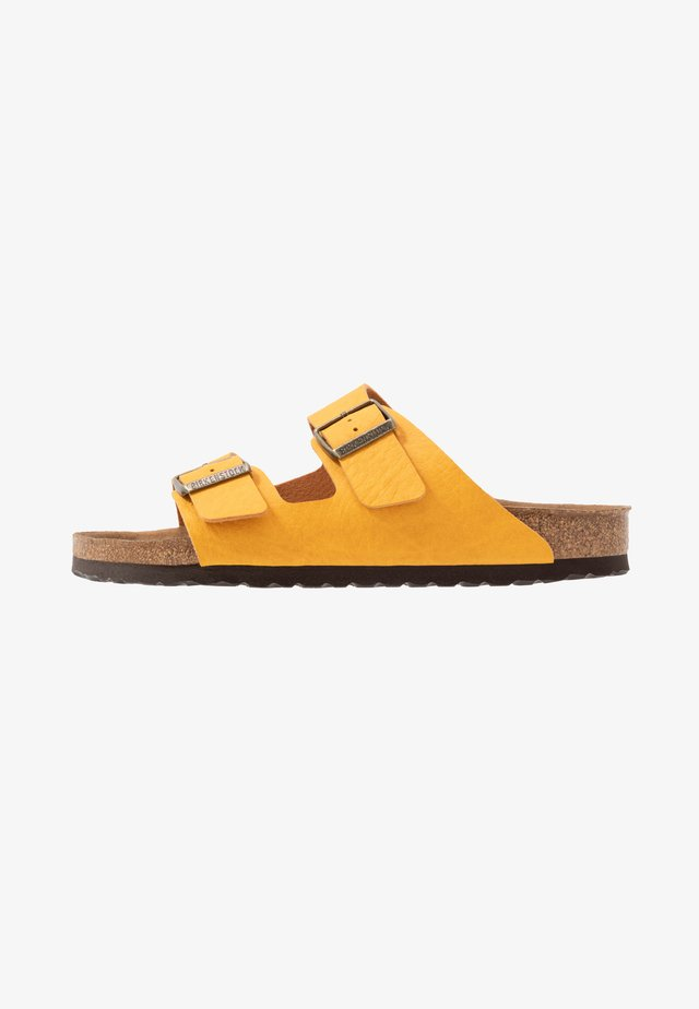 ARIZONA VEGAN - Domácí obuv - matt ochre