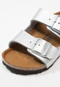 Birkenstock - ARIZONA - Pantolette flach - silver - 2
