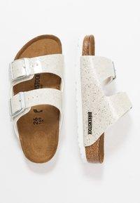 Birkenstock - ARIZONA - Pantoffels - cosmic sparkle white - 0