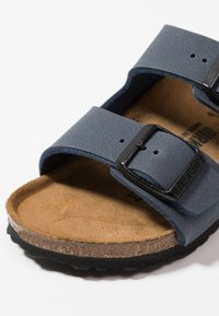 Birkenstock - ARIZONA  - Chaussons - navy - 2