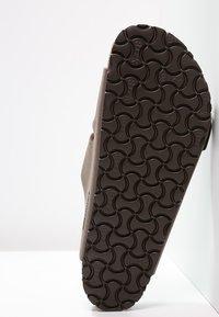 Birkenstock - ARIZONA - Pantolette flach - mocca - 4