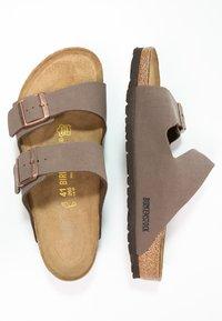 Birkenstock - ARIZONA - Pantolette flach - mocca - 1