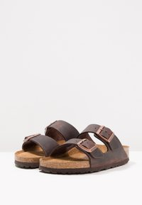 Birkenstock - ARIZONA SOFT FOOTBED NARROW - Sandaler - habana - 2