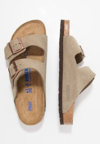 Birkenstock - ARIZONA SOFT FOOTBED NARROW FIT - Mules - taupe - 1