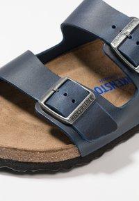 Birkenstock - ARIZONA SOFT FOOTBED - Slippers - blue - 5