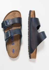 Birkenstock - ARIZONA SOFT FOOTBED - Slippers - blue - 1