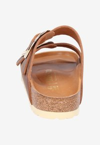 Birkenstock - Tofflor & inneskor - brown - 3