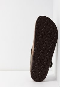Birkenstock - GIZEH NARROW FIT - Slippers - stone - 4