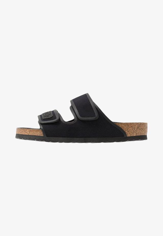 DELFT - Pantolette flach - black