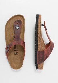 Birkenstock - GIZEH NARROW FIT - T-bar sandals - earth red - 1