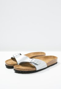 Birkenstock - MADRID - Pantofle - silver - 4