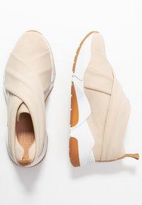 Billi Bi - Nazouvací boty - beige - 3