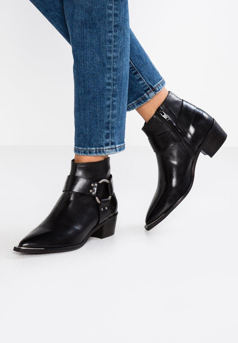 Billi Bi - Kotníková obuv - black
