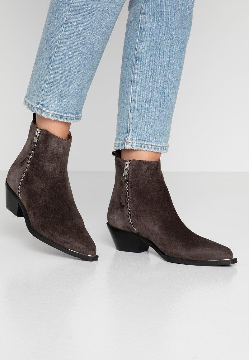 Billi Bi - Ankle boot - grey