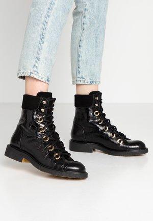 Snørestøvletter - black monterey/gold