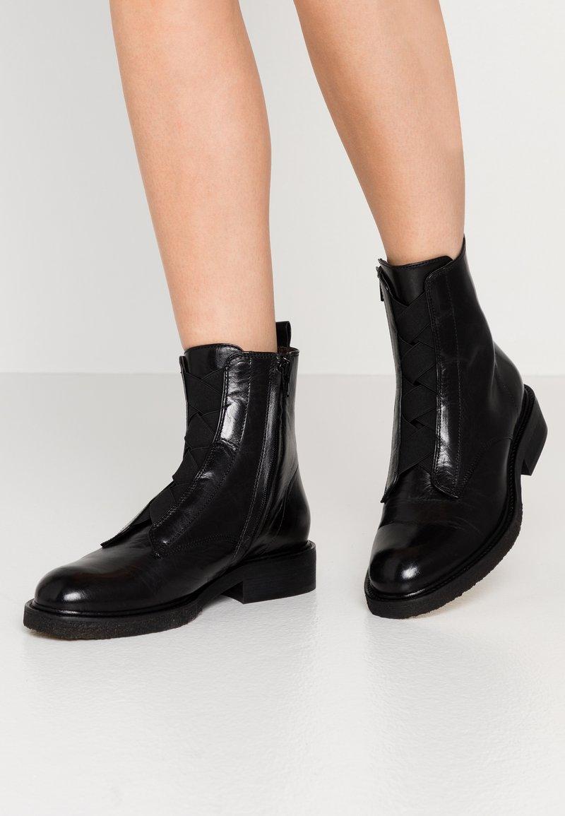 Billi Bi - Kotníkové boty - black