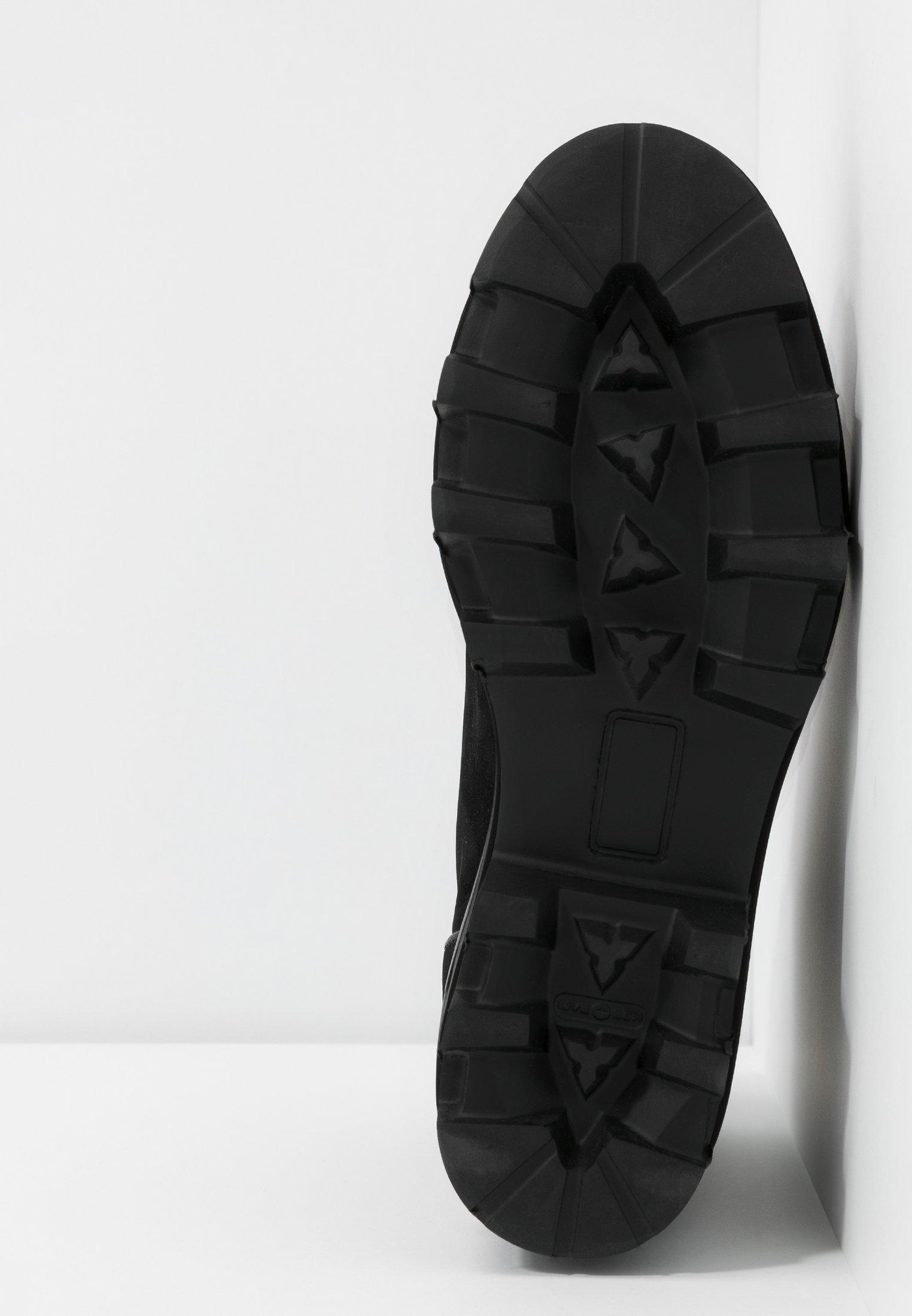 Billi Bi Botki na platformie - black