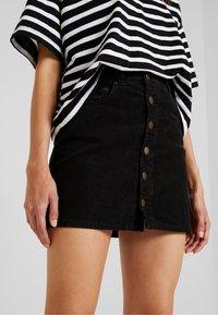 Billabong - GOOD LIFE - A-line skirt - black - 4