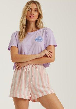 Shorts - georgia peach
