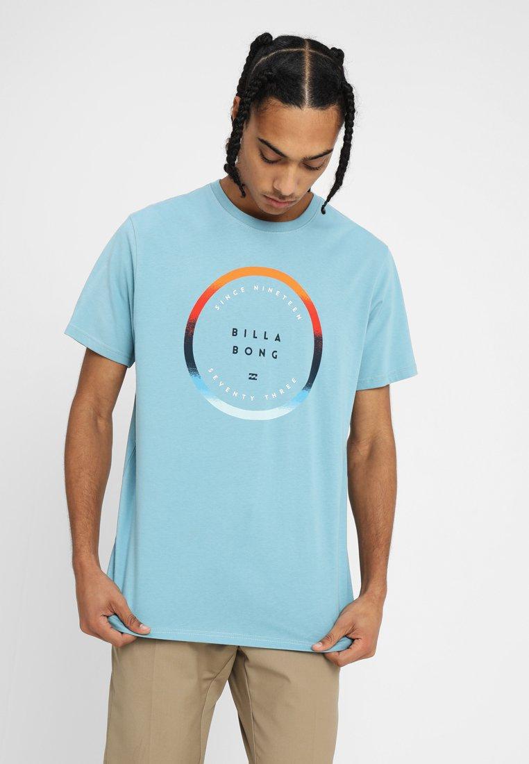 Billabong - ROTATED TEE - T-shirt print - aqua blue