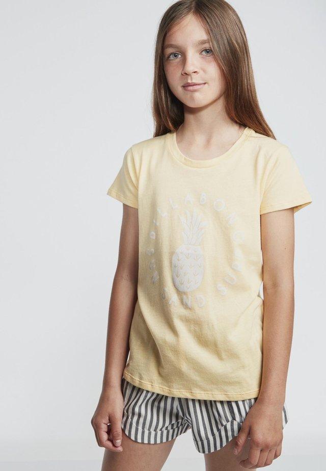 T-shirt print - canary yellow