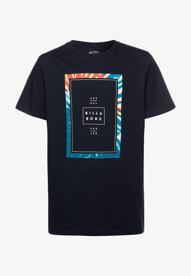 TUCKED BOY - T-shirt con stampa - navy