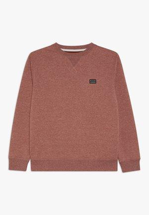 ALL DAY CREW BOY - Sweatshirt - sangria