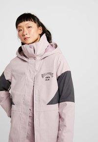 Billabong - SAY WHAT - Snowboardová bunda - light pink - 3