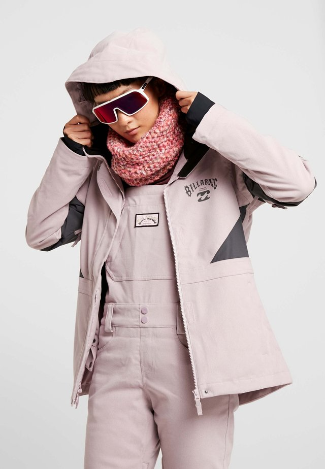 SAY WHAT - Chaqueta de snowboard - light pink