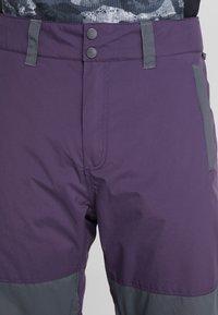 Billabong - TUCK KNEE - Ski- & snowboardbukser - dark purple - 3