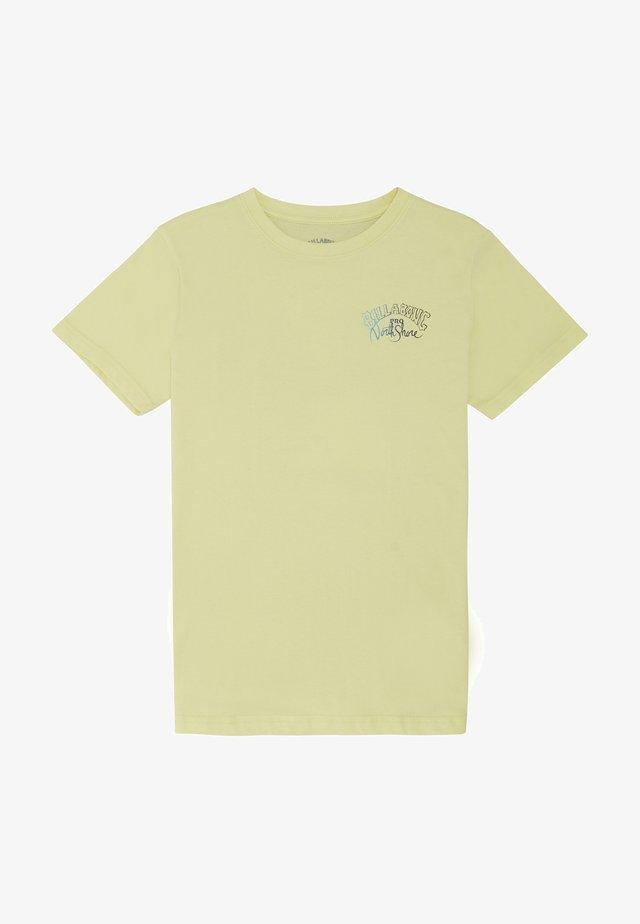 PAST LOVE  - T-shirt imprimé - neo lemon