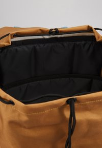 Billabong - TRACK PACK - Reppu - gold - 4