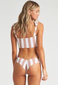 Billabong - SHADY SANDS FIJI - Bikinibroekje - khaki sand - 1