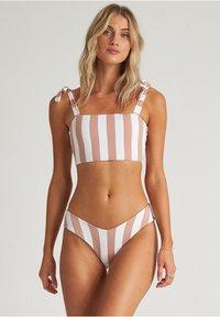 Billabong - SHADY SANDS FIJI - Bikinibroekje - khaki sand - 2