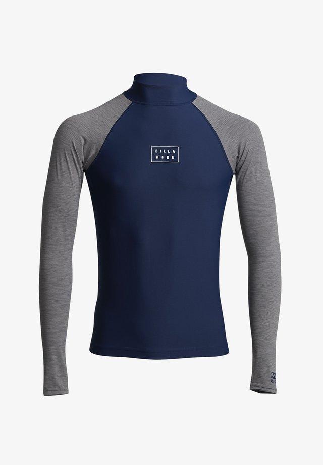 LANGÄRMELIGES LYCRA MIT UPF - T-shirt de surf - navy